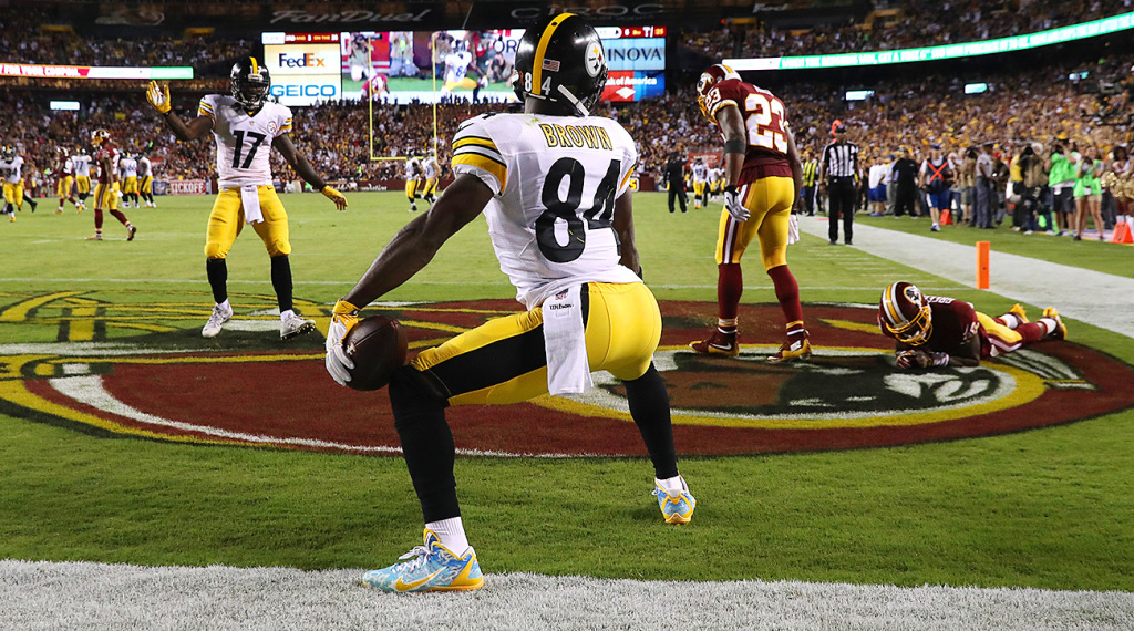excessive-celebration-penalty-nfl-referees-flags-antonio-brown
